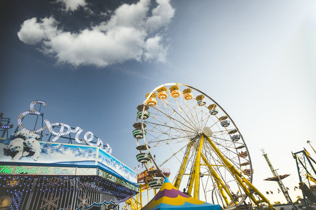Blog 1 fun facts about amusement park